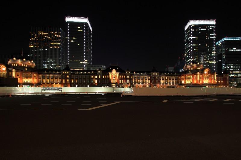 関東散策回顧_001東京駅夜景.jpg