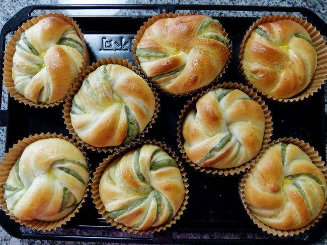 てこねパン 手捏ね ホームベーカリー 手作りパン ずんだ ねじりパン