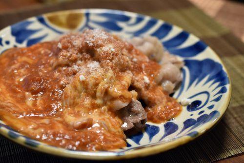 知多豚のトマトチーズ