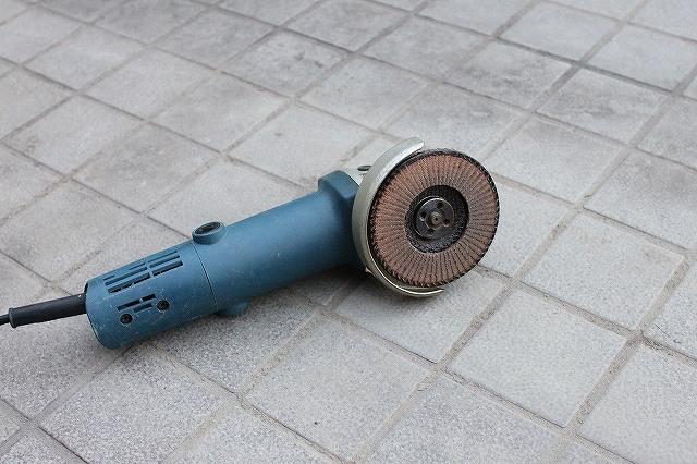 木工用ディスクサンダー「縁取り専用」装着 可変ディスクグラインダー・・・