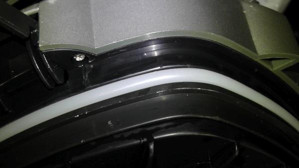 モーターヘッドに取り付けられた新しいOリング