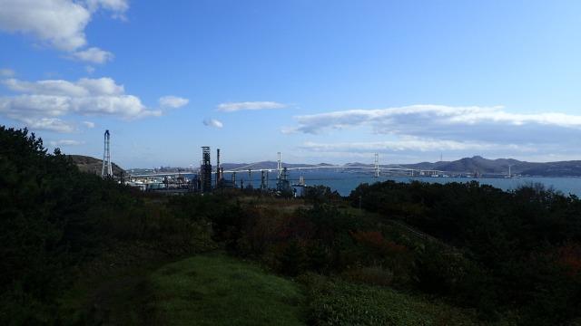 PA211441白鳥大橋のと室蘭港.jpg