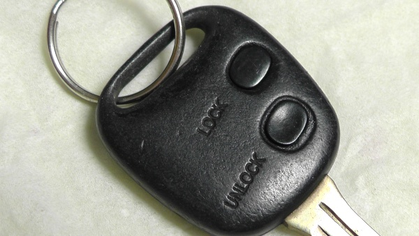 1996年製タウンエースノア用のワイヤレスドアロックリモコン(キーレスエントリー)