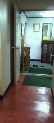 院の入り口