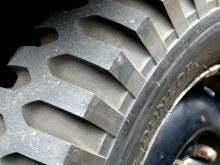 lug_tire.jpg
