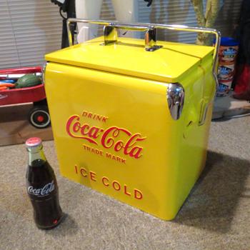 コカ・コーラ_クーラーボックス001.png