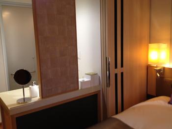 三井ガーデンホテル大阪プレミア間仕切り1