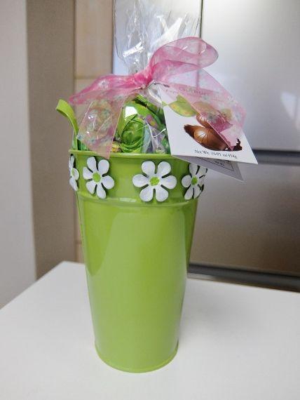 コストコ スプリング バケツ チョコレート 1,258円 Gudrun(ガドラン) Holiday Bucket Spring