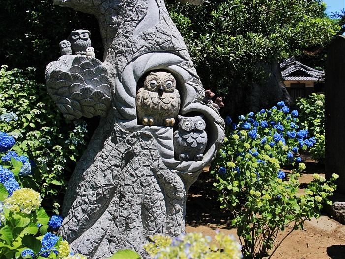 5.フクロウの彫刻.JPG