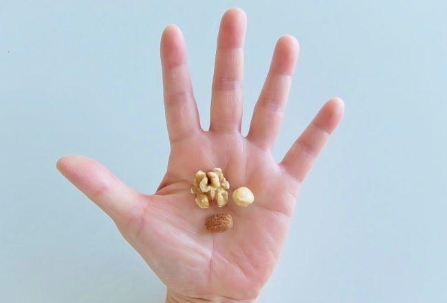 コストコで買った商品のレポ デルタインターナショナル 2週間分のロカボナッツ 円 14日