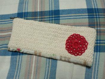 半編み半縫いのペンケース