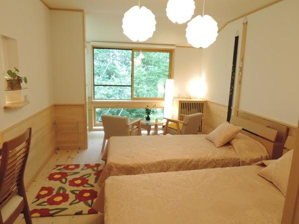 いずみ 客室2.JPG