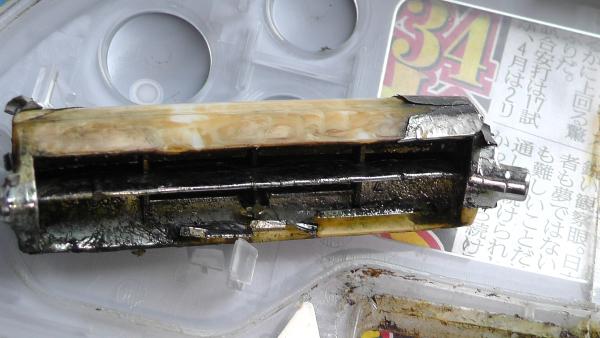 炊飯器ふたのフックボタンにおける設計上の問題点