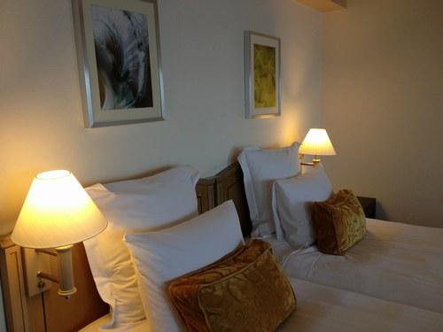 4ホテル部屋1500.jpg