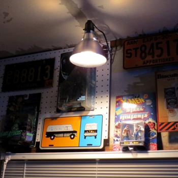 夜の工作室003.png