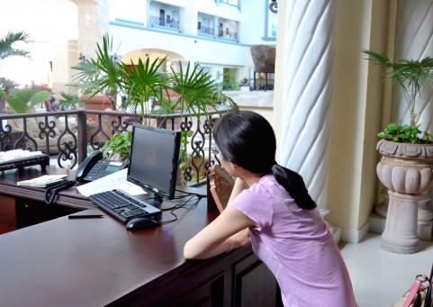 女性 パソコン.jpg