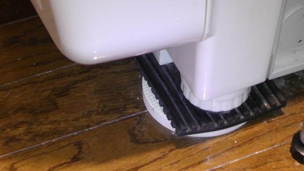 設置前の脚部