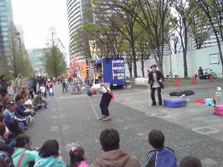 ヨコハマ大道芸2012・ファニーボーンズ2