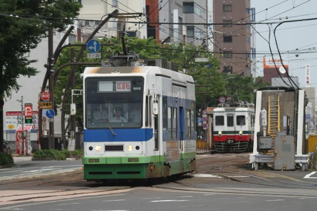 福井鉄道と アニメバス & モニメント3