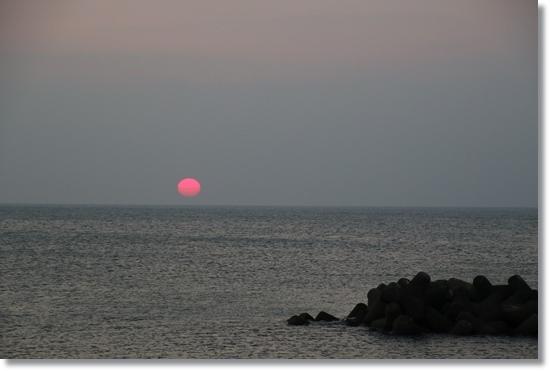普正寺海岸-4 18:50 15.8.7