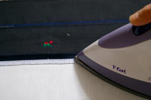 縫い代をアイロン