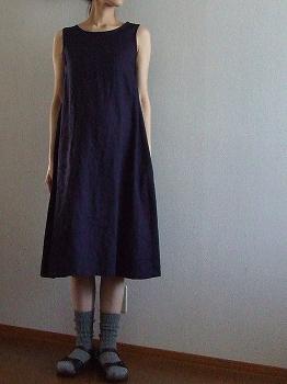 後ろリボンのドレス2-2