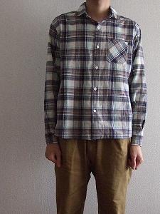 ホリデーシャツ3
