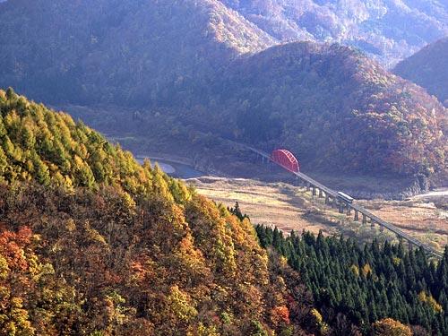 北上線紅葉絶景