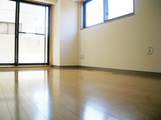 グレースビル304室内