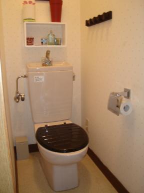 IKEAのトイレ便座BOLMEN