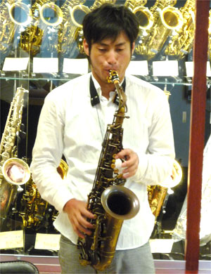 藤田さんA5-BR-1.jpg