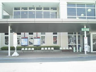 33 フェリーターミナル左側.JPG