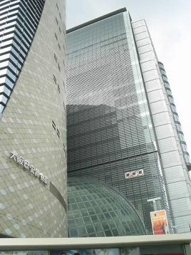 50 NHK裏口.JPG