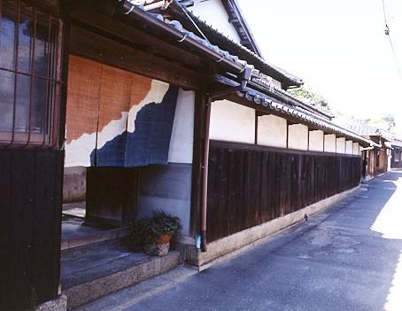 Naoshima01-454x351.jpg