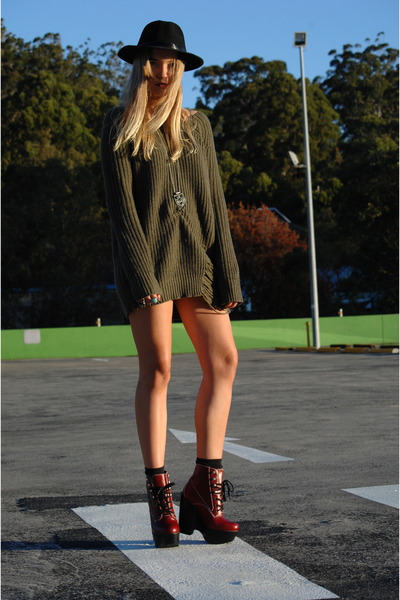 ruby-red-tardy-jeffrey-campbell-boots-ripped-knit-supre-dress-fedora-vintage_400.jpg