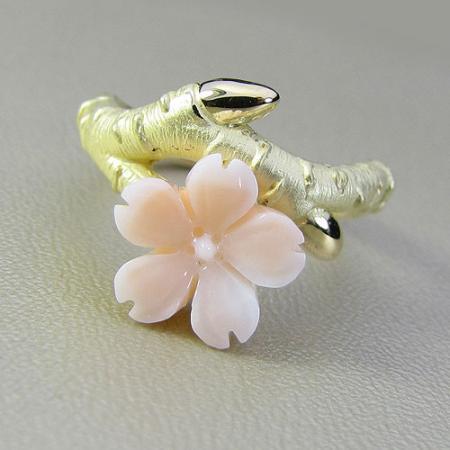 K18ミッド珊瑚桜のリング