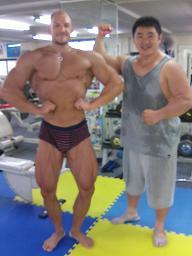 ミスター大阪ダースマイクさんと.JPG