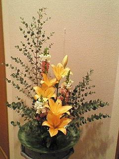 12月の生花(咲いた)