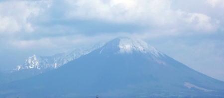 下郷から見た大山
