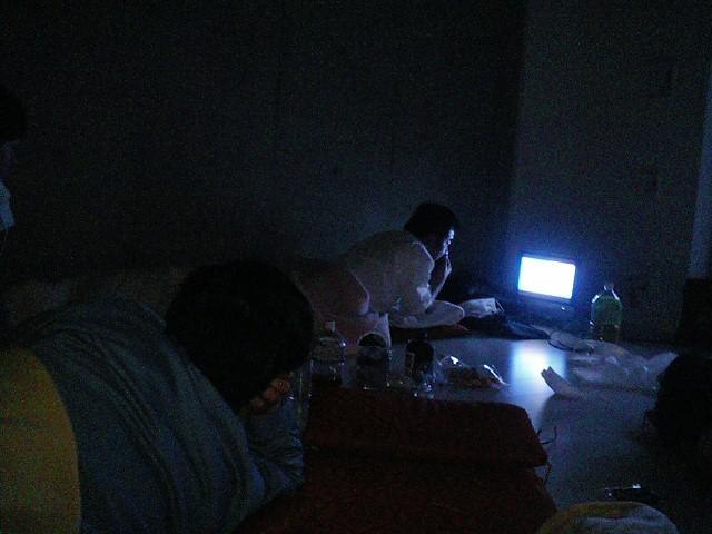 110312浦安地震夜.JPG