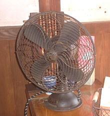 レトロ扇風機.JPG