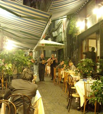 ナポリの露地