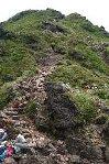 マタエ分岐点から東峰を望む