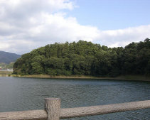 纏向遺跡の箸墓古墳(奈良県桜井市)