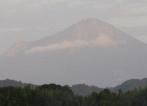 夕陽の大山(西側の島根県安来市から)