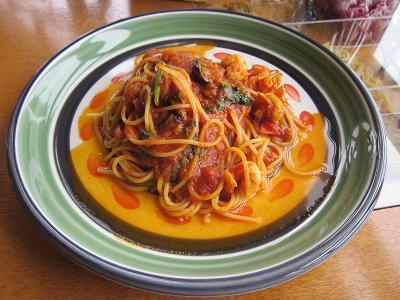 アンジェロ ほうれん草のトマトソース