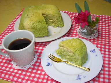 抹茶マーブル蒸しパン