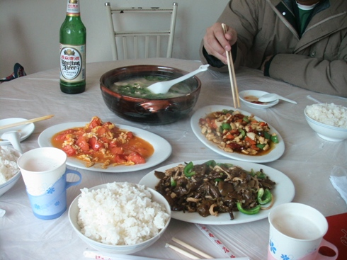中華で昼飯