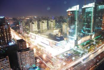 北京の夜景:現代城35階和飲輪飲から