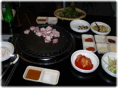 豚焼肉でお食事